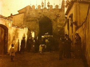 Puerta de fajalauza estación del Viacrucis albayzinero
